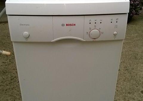 Donne lave vaisselle Bosh
