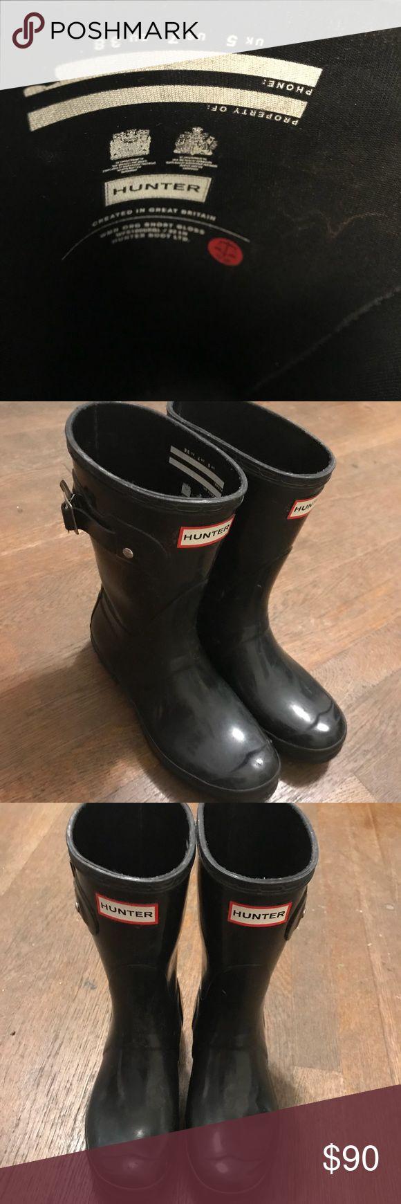 Hunter Rain Boots Medium Length Amazing shape! Black Size 7 Hunter Boots Shoes Winter & Rain Boots