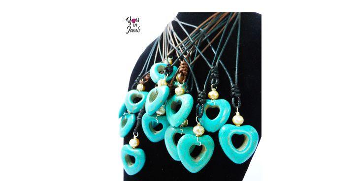 Hearts Turquoise Howlita Pendants with Pearls adjustable Handmade Jewelry. // Dijes de Corazones de Turquesa Howlita y Perlas. Collares ajustables. Accesorios hechos a mano. Only … 14.99$ (F…