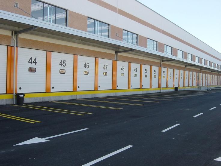 74 portoni cargo della serie breda steel line sinonimo di