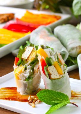 Get this Skinny recipe for Vietnamese Spring Rolls!! |daisysworld.net
