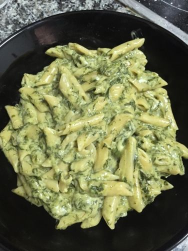 Express Macaroni with Spinach - Cooking - Recetas Easy Healthy Recipes, Veggie Recipes, Pasta Recipes, Healthy Dinner Recipes, Mexican Food Recipes, Vegetarian Recipes, Easy Meals, Cooking Recipes, Pasta Dishes