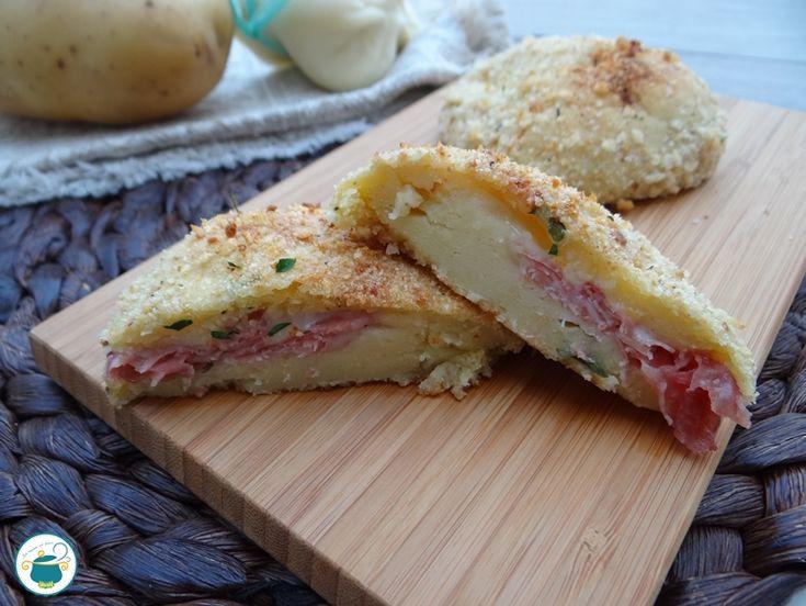 Medaglioni di patate con prosciutto e formaggio