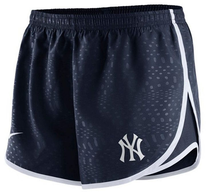 Nike Women's New York Yankees Modern Tempo Shorts