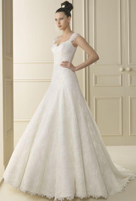 Luna Novias Wedding Dresses | Brides.com