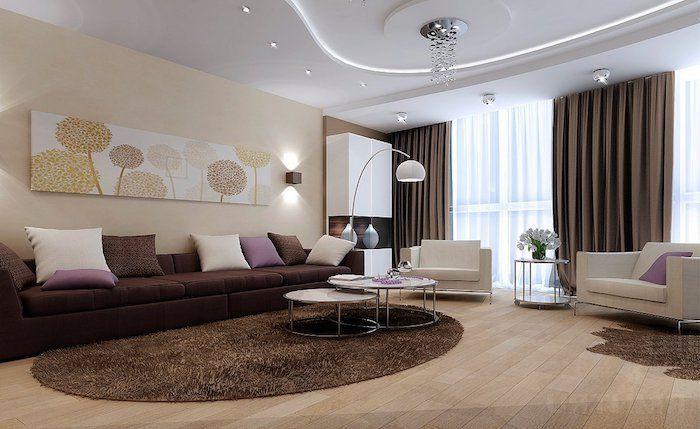 wohnzimmer deko ideen, brauner runder flauschiger teppich ...