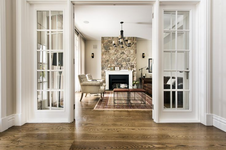 Hamptons style living room - Oswald Homes