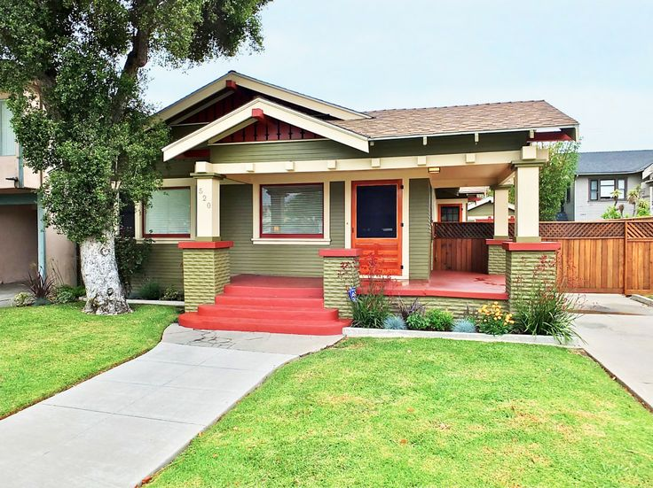 Lovely Bungalow In The Rose Park South Historic District Of Long Beach CA Offered