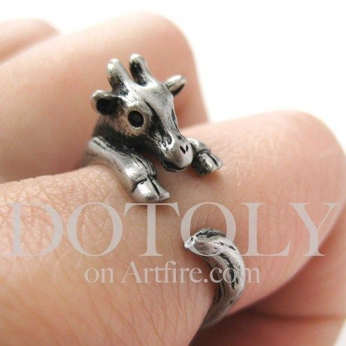 Miniature Baby Giraffe Animal Hug Wrap Ring in Silver - Sizes 4 to 9 available