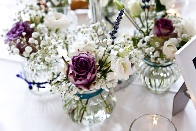 table decoration; roses, lavender, eustoma, baby's breath
