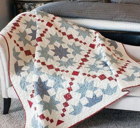 Chantilly Quilt Pattern in 4 Sizes - Quilting Digest