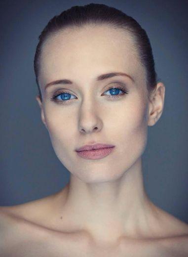 D'Vision - Aleksandra Krysiak