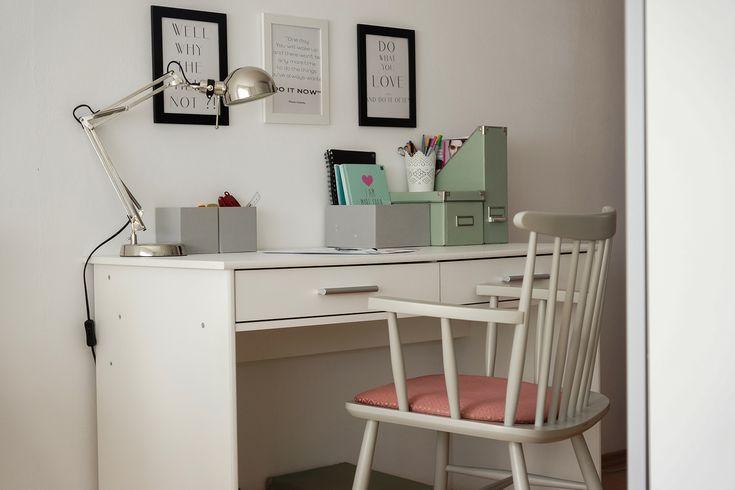 Biurko i krzesło polecane przez blogerke wikilistka.pl #desk #homeoffice #blog