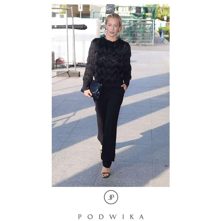 @kasiawarnke in @podwikaofficial 💕 #podwika #podwikaofficial #newcollection #light #lightcollection #polishfashion #polishdesigner #kasiawarnke #polishactress #celebritystyle #blackelegance #classy #stylish