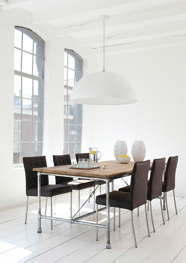 Bright light and airy space with the industrial styled Tubeline dining table from d-Bodhi.  Galvanized pipes combined with reclaimed teak wood support and define an urban design sensibility in the Tube Line collection. The feeling is one of strength and stability, yet calming and serene at the same time, of bringing the forest into the city.  #diningtable #hunterfurniture #livingspace #furniturehunters