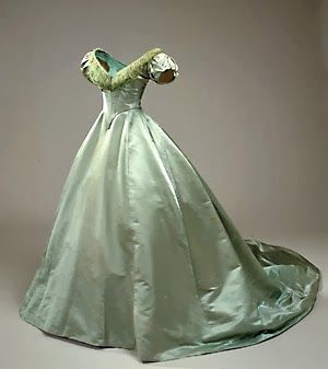 1600+Ball+Gowns | Civil War Reproduction Ball-gown ~ Finishing Details