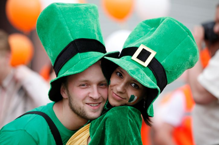 There's more to having a happy St. Patrick's Day than wearing green and drinking pints of Guinness, and these fun facts and tidbits of history will help you celebrate the Feast of Saint Patrick like a boss. St Patrick's Day, Blarney Stone, Lounge, Better Half, The St, Guinness, You Look, Dublin, Savannah Chat