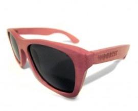 Sierra Pink Wayfarer Bamboo Sunglasses | Knock Knock | Mini Shopping Center of Cool