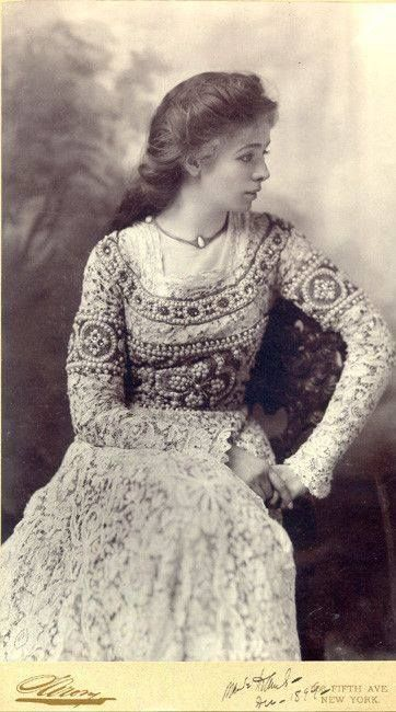 Lovely photo of Victorian actress Maude Adams