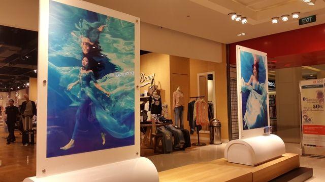 Artmosphere Exhibition: Le Femme De L'art   Style.com Indonesia