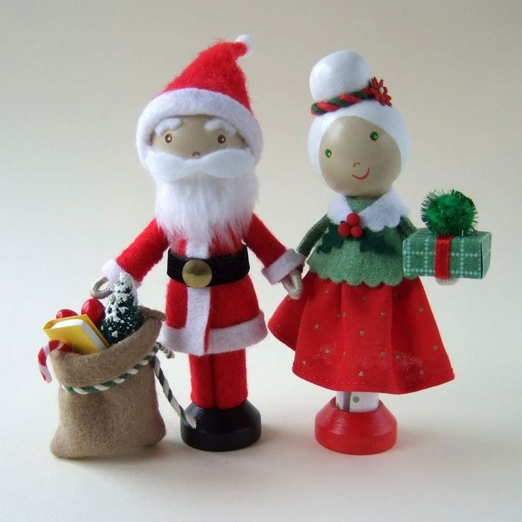 Idea for father and mrs christmas clothes peg dolls for Christmas clothespin crafts