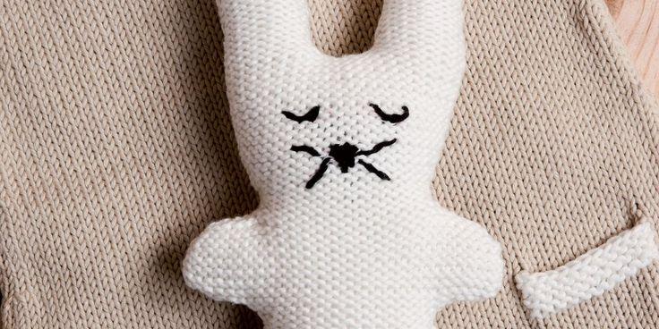 Lapin tricot doudou