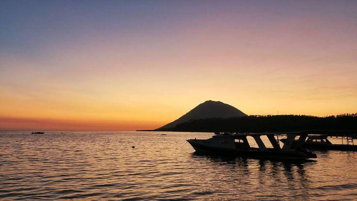 Pulau Bunaken (Bunaken Island) in Manado, Sulawesi Utara