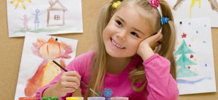 Micul artist plin de imaginație. Metoda Montessori de a-l împrieteni pe copil cu arta