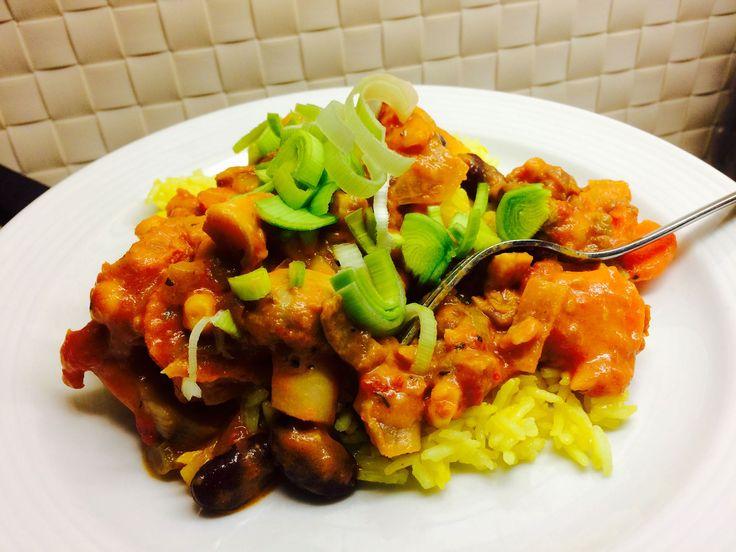 Böngryta med gult ris #veckansrecept  http://www.senses.se/veckans-recept-supergod-bongryta-med-gult-ris/