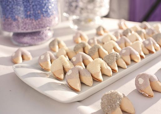 Crystal Sugar Dipped Fortune Cookies For Wedding Guests
