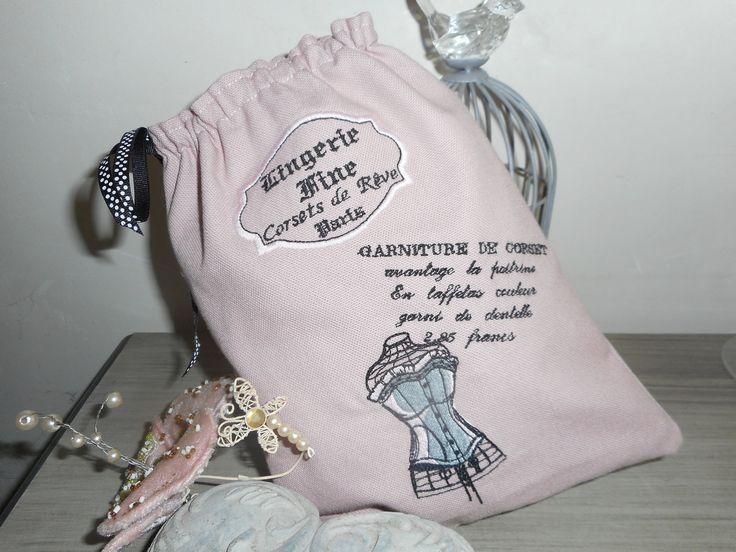 """Pochon à lingerie """"Lingerie fine"""" couleur vieux rose création miss coopecoll : Autres sacs par miss-coopecoll"""