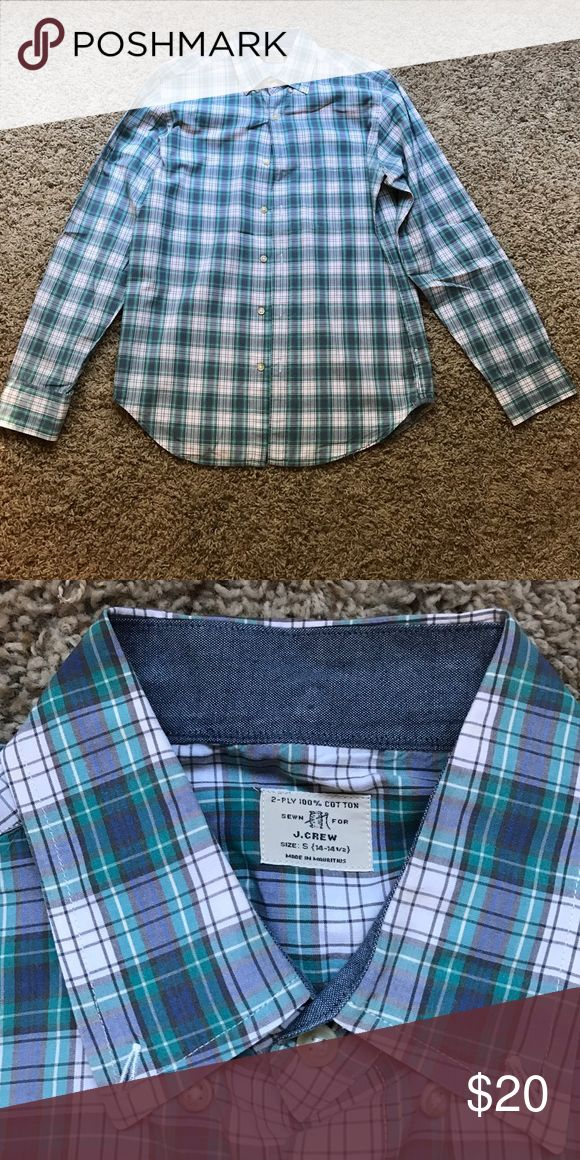 Men's J. Crew shirt Not from factory, perfect condition men's shirt. 28 inches long. J. Crew Shirts Casual Button Down Shirts