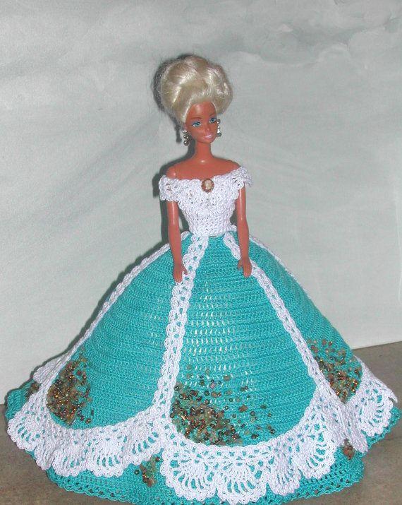 Crochet moda muñeca Barbie patrón 523 adornado en perlas