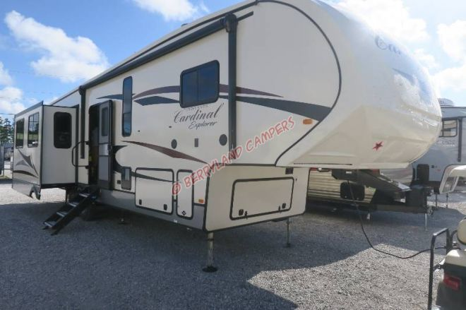 This 0ne 2 Bdrm Check Out This 2019 Forest River Cardinal 378lf