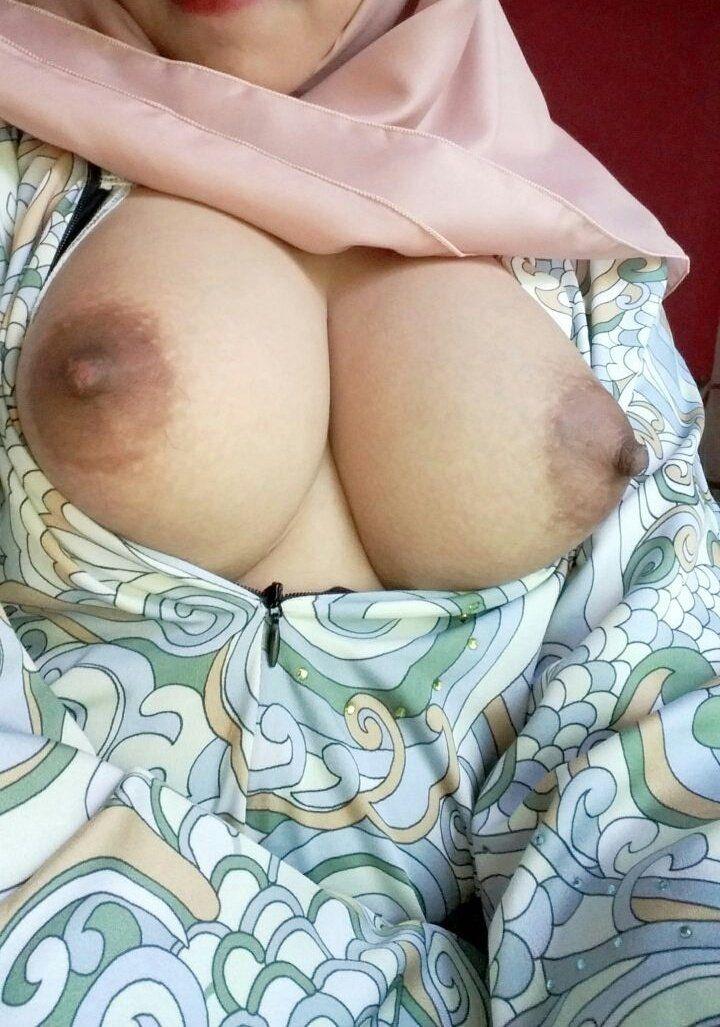Big redhead boobs