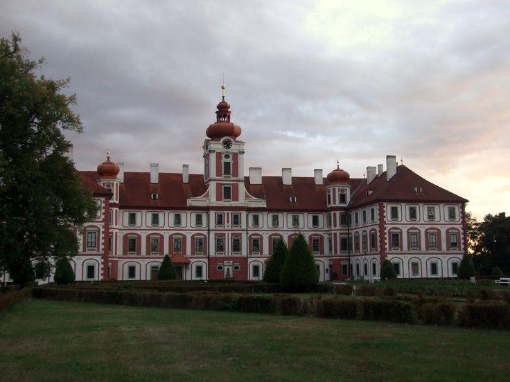 Mnichovo Hradiště - front of the chateaux (distr.Mladá Boleslav)