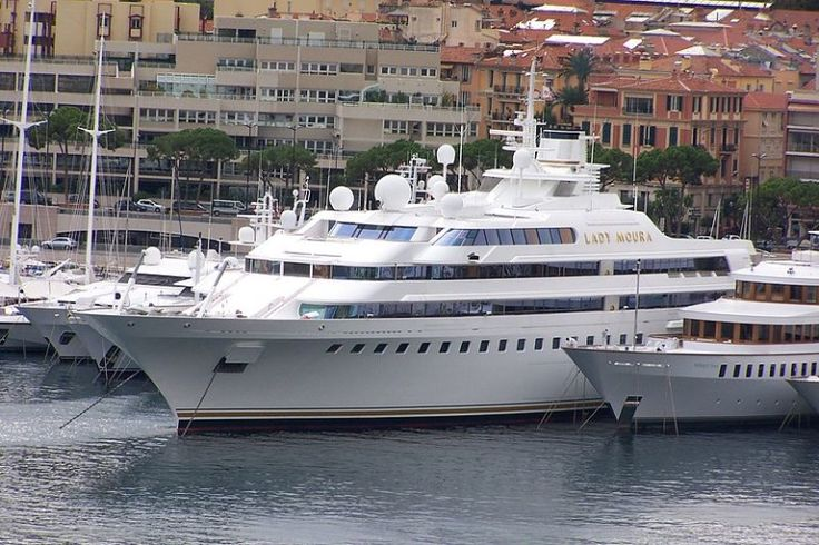 Top 13 Most Expensive Yachts in the World - Lady Moura - Rich and Loaded