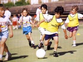 Обучение футболу в Барселоне - школы футбола #испания #барселона #школа #образование #обучение #футбол http://nasluhu.es/blog/obuchenie-futbolu.html