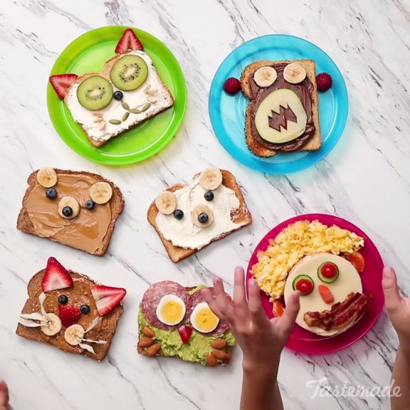 Make mornings fun by turning ordinary toast into cute animals by using peanut butter, cream cheese, bananas and veggies.