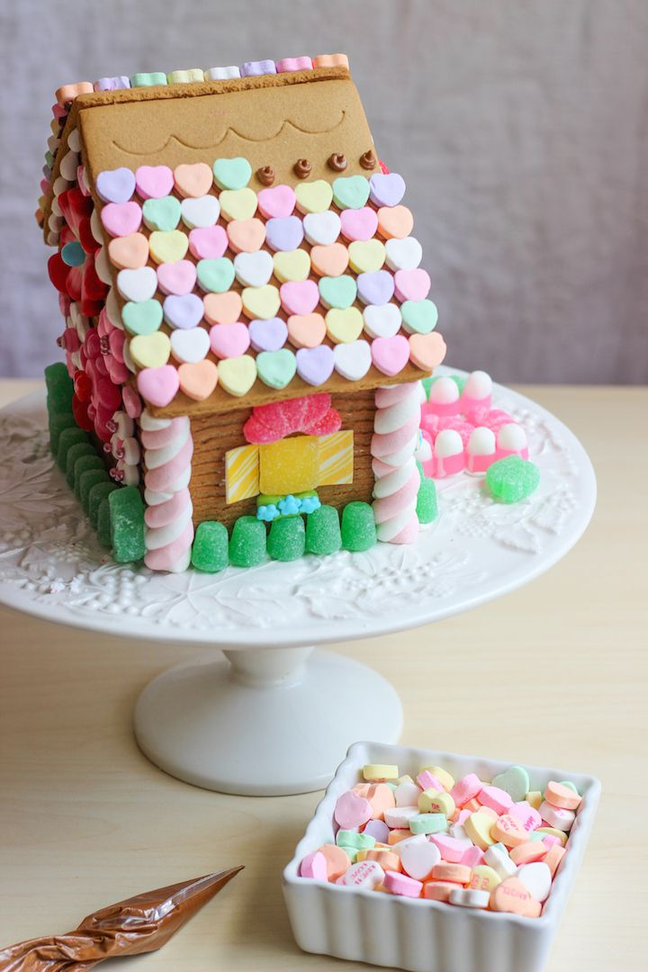 61 best gingerbread house valentines day inspiration for Gingerbread house inspiration