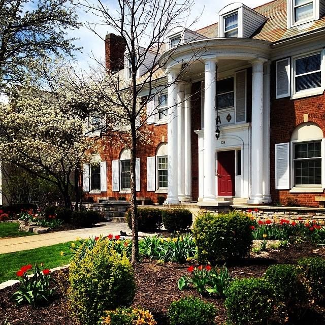 8 Reasons You Should Live In Your Sorority House