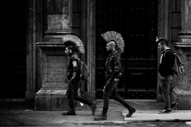punk never dies by massimo raldeni: B W, Useless Beautiful, Punk Rocks, Punk Rockers, Punk Hair, Punk Never Die Massimo Raldeni, Real Punk, Beautiful People, Dies Massimo