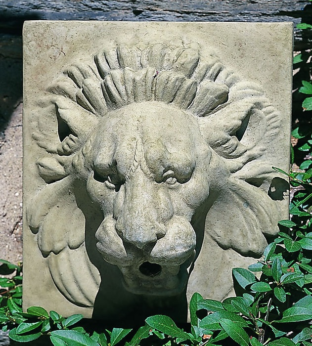Morris Lion Wall Plaque/Spitter