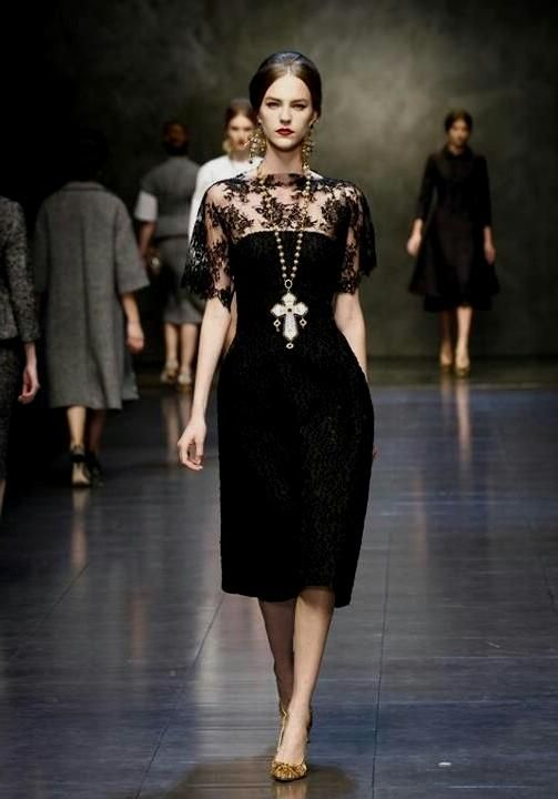 abe689d4c6 Pin by Sisi Ritchie on Dolce Gabbana