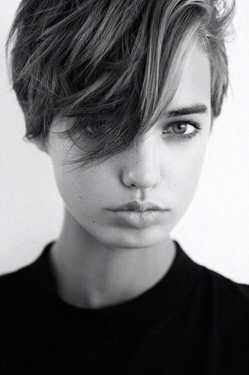 男女の垣根を越えた「ジェンダーレス」なんて言葉がファッション業界で飛び交っていますが、その流れはヘアスタイル界にも影響が出てきてます。…