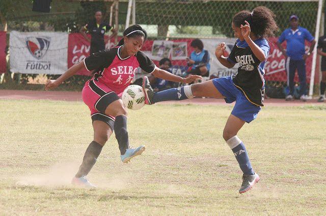 #Fútbol: Nagua y La Romana avanzan a la final de la Liga Mayor Femenina