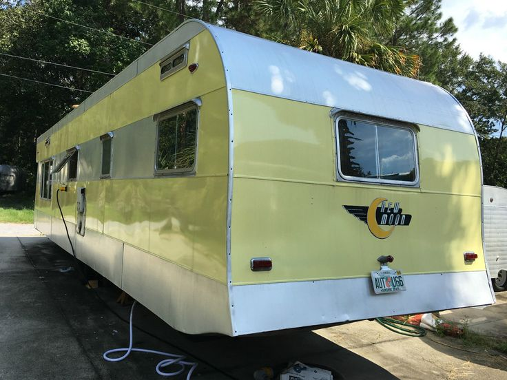 Vintage camper Travel Trailer Airstream New Moon Spartan | eBay