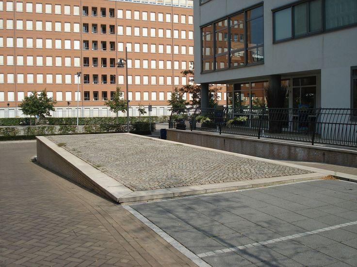 Terras entree Paleiskwartier 's-Hertogenbosch | Van Empelen en Aalderen Partners BV
