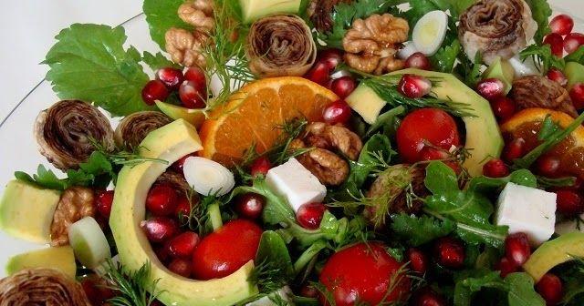 Roka salatası tarifi  Zeytin ezmeli rulo yufkalı salata  Yufkalı avokadolu roka salatası tarifi  Çıtır yufkalı roka salatası nasıl yapılır  ...