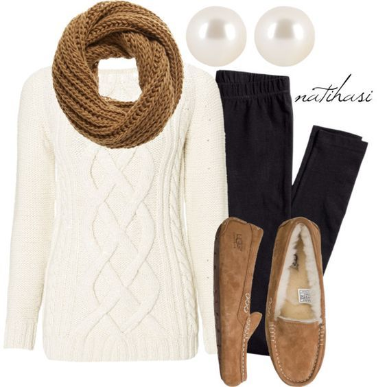 #fall #outfits / Knit Scarf + Slippers